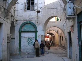 2769093-crossroads_the_four_columns-Libya